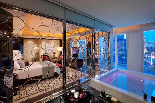 Mandarin Oriental at CityCenter Las Vegas Photo