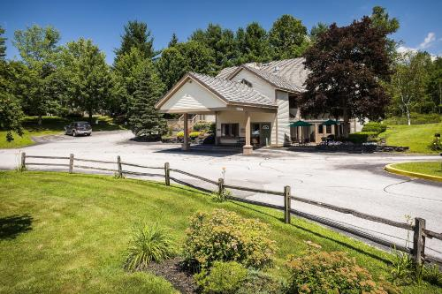 Best Western Inn & Suites Rutland-Killington Photo