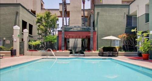 The Amethyst Downtown Culver City Luxury Apartment Photo