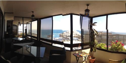 Beachfront Apartment Reñaca Chile Photo