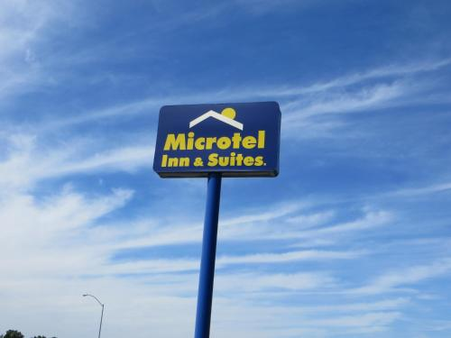 Picture of Microtel Inn & Suites by Wyndham Colfax