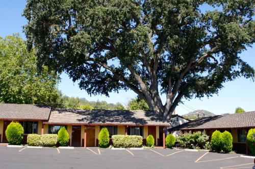 Melody Ranch Motel - Paso Robles, CA 93446