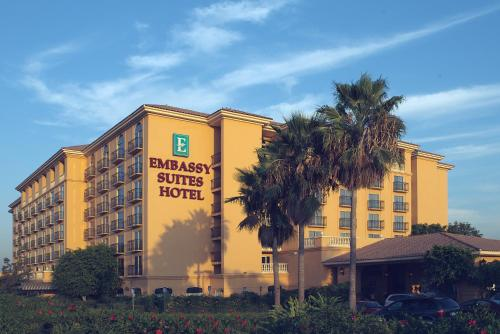 Embassy Suites Anaheim - North Photo