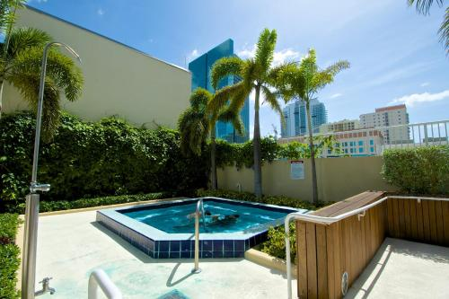 Miami Luxury Condos Photo
