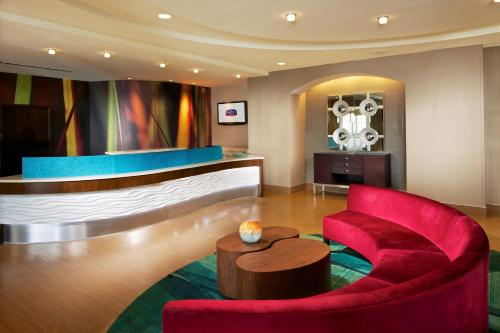 SpringHill Suites by Marriott Newark International Airport Photo