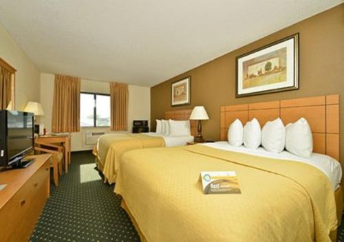 Quality Inn South Cedar Rapids Photo