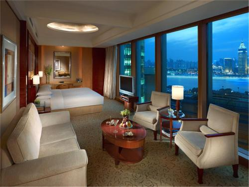 Pudong Shangri-La, East Shanghai photo 8