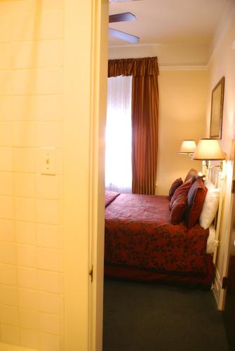 Andrews Hotel Photo