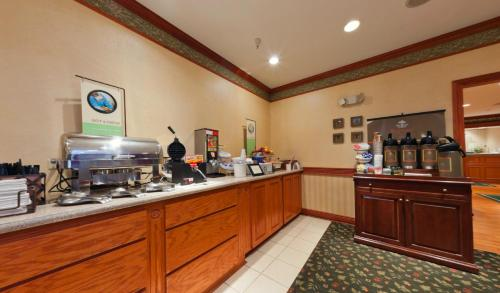 Country Inn & Suites Michigan City Photo