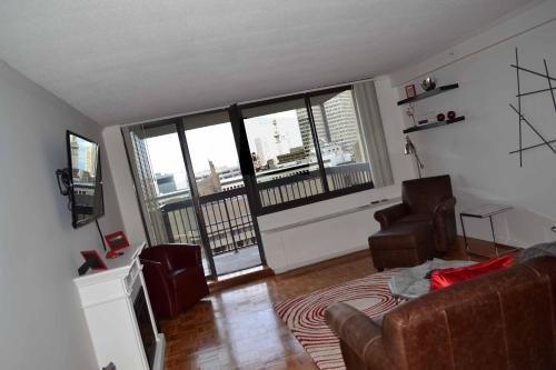 West End Luxury One Bedroom Apartment By Spare Suite In Boston Ma Free Internet Swimming