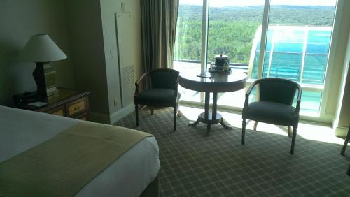 Grand Pequot Tower at Foxwoods Photo