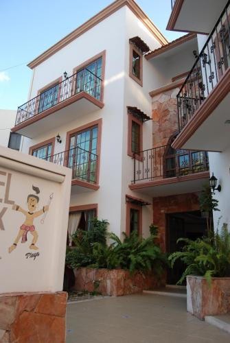 Hotel Alux Playa del Carmen Photo