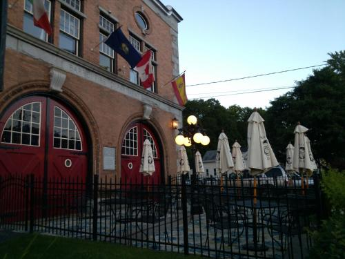 Firehouse Inn Photo