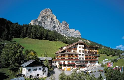 Hotel Sassongher - 28 of 82