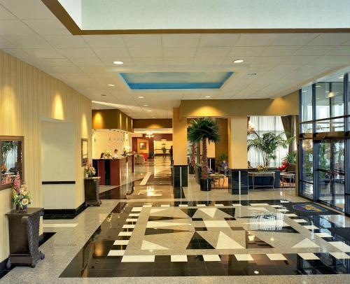 Best Western Plus Hotel & Conference Center Photo