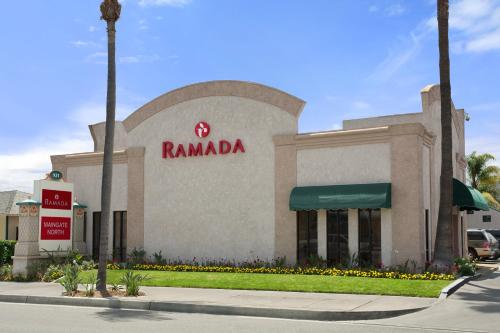 Ramada Anaheim Maingate North Photo