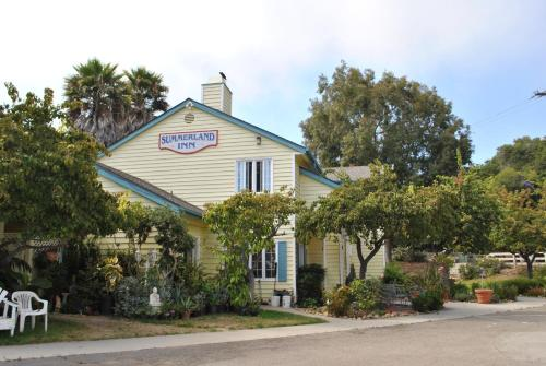 Summerland Inn Photo