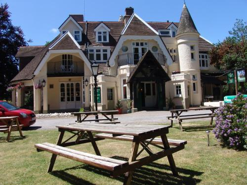 Beechwood Hall Hotel in Worthing from £85