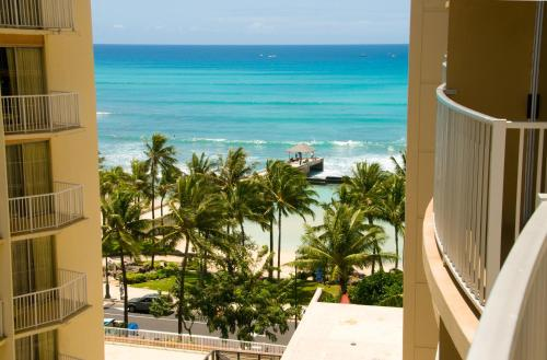 Aston Waikiki Beach Hotel Photo