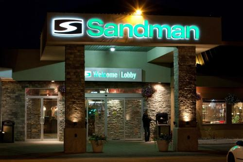 Sandman Hotel Edmonton West Photo
