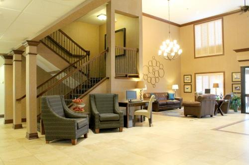 Auburn Place Hotel & Suites Paducah Photo