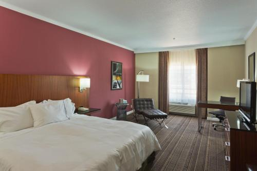Radisson Hotel Chatsworth - Chatsworth, CA 91311