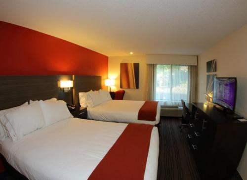 Holiday Inn Express Brentwood-South Cool Springs Photo