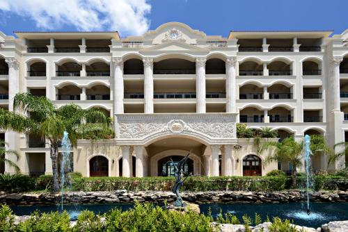 The Landmark Resort of Cozumel Photo
