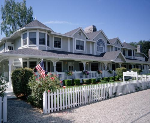 The Ballard Inn and Restaurant Photo