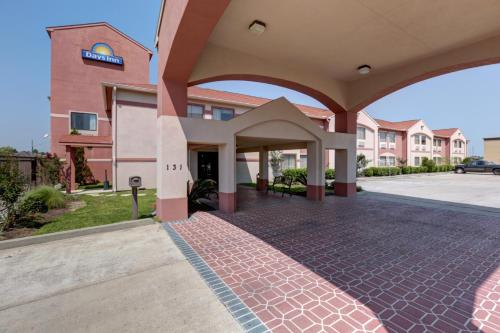 Days Inn Lumberton Photo