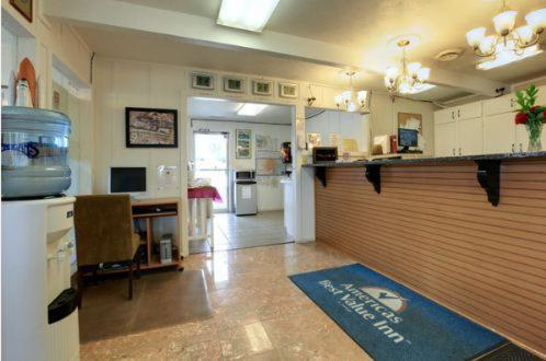 Americas Best Value Inn Salina - Salina, KS 67401