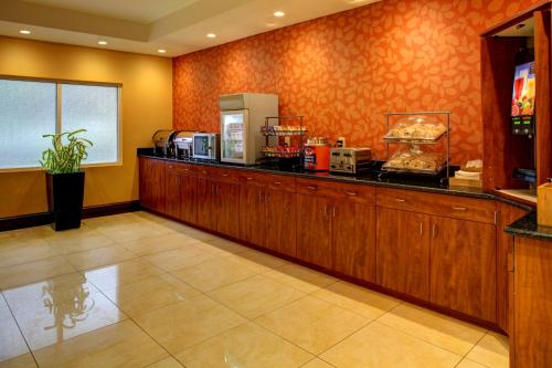 Fairfield Inn Asheville Airport Photo
