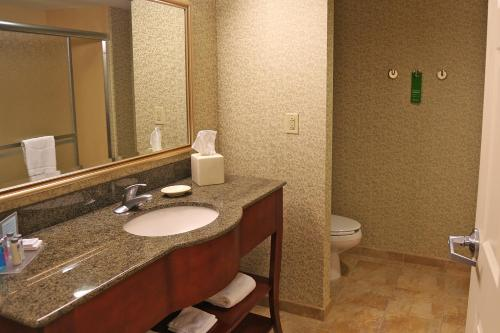 Hampton Inn Easton Photo