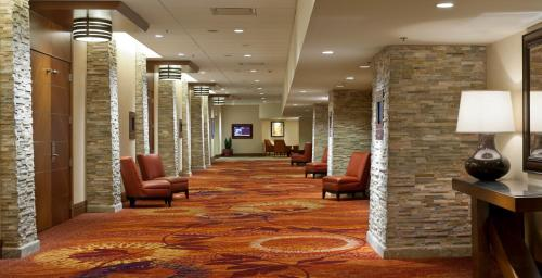 Seattle Airport Marriott Photo