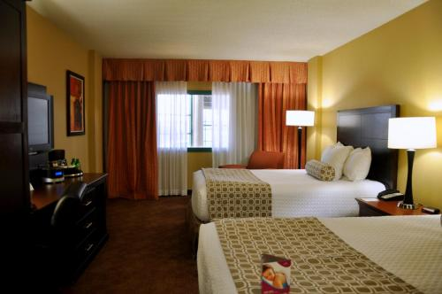 Crowne Plaza Little Rock Photo