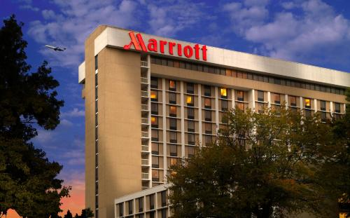 Atlanta Airport Marriott photo