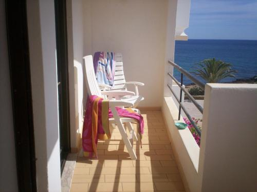 holidays algarve vacations Luz Seaview Apartment