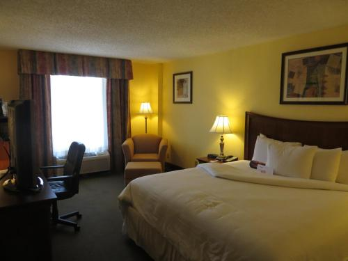 MCM Elegante Hotel and Suites – Dallas Photo