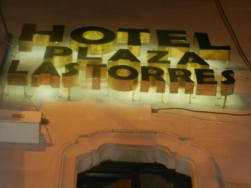 Hotel Plaza Las Torres Photo
