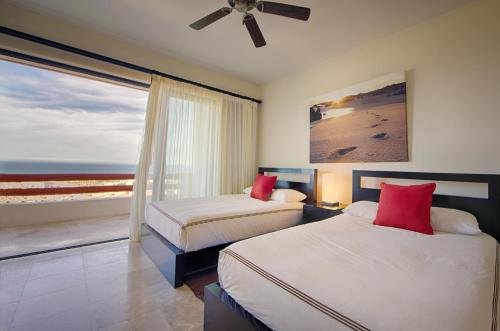 Alegranza Luxury Resort - All Master Suite Photo