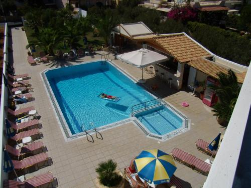 Elpida Apartments - Analipsi Greece