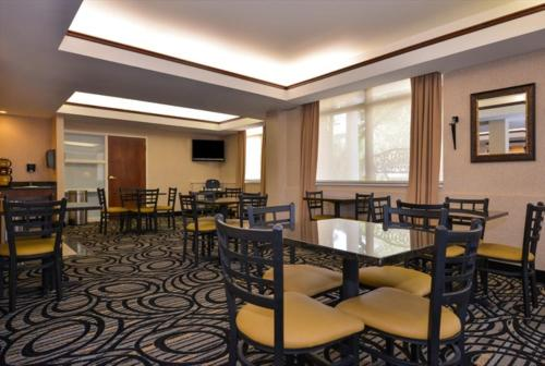 Best Western PLUS Louisville - Boulder Photo
