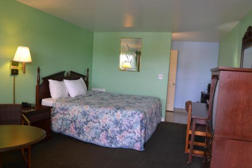 Budget Inn Christiansburg Photo