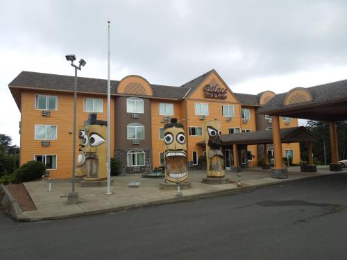 Palace Inn & Suites Photo