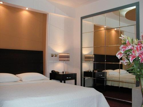 New victory in athens - 2 star hotel