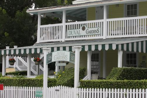Duval Gardens (Bed and Breakfast)
