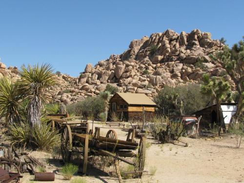 Fairfield Inn & Suites Twentynine Palms - Joshua Tree National Park Photo