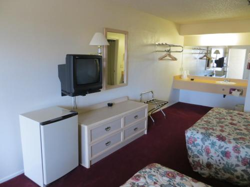 Beach Inn Motel Photo