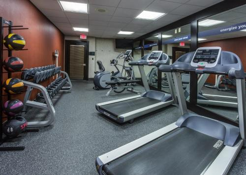 Hampton Inn Miami Dadeland - Miami, FL 33143