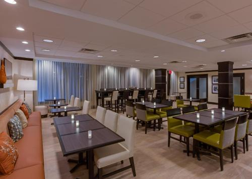 Hampton Inn Miami/Dadeland Photo